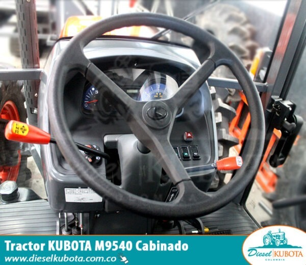 tractor, tractor cabinado, tractor naranja, tractor japones, tractor con cabina, tractor potente,