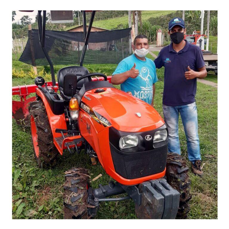 Tractor Kubota B2441