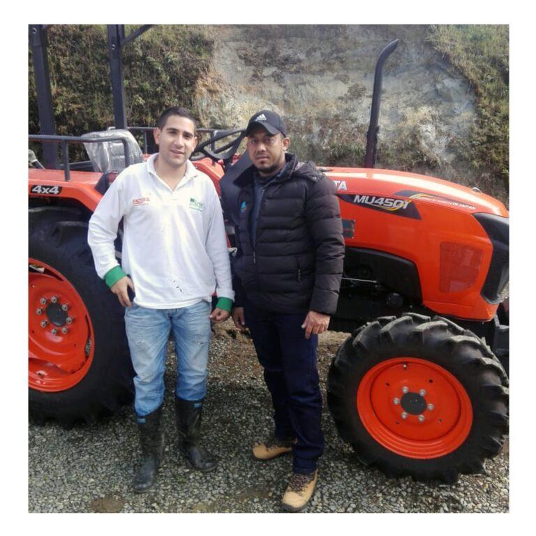 Tractor Kubota M4501